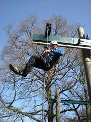 Training for adventure parks in accordance with NEN EN #15567. #ropescourse #safety http://j.mp/2iEMC7R (Skywalker Adventure Builders) Tags: high ropes course zipline zipwire construction design klimpark klimbos hochseilgarten waldseilpark skywalker