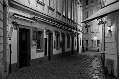Vienna at Night (romanboed) Tags: europe austria vienna wien city street old town night leica m 240 summilux 50 bw blackandwhite black white monochrome travel architecture availablelight