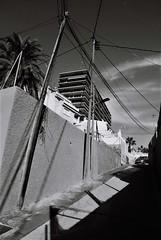 coming home (pepe amestoy) Tags: blackandwhite streetphotography nikon fm2 nikkor 2824 trix 400 analog film