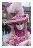 La Rose du Printemps (Francis =Photography=) Tags: saverne alsace basrhin carnival carnaval 2017 venetiancarnival grandest costumes suit venise venice canon600d sigma1770 carnavalvenitien fondblanc costume france personnes bordurephoto europa europe yeux eyes 67 costumées carnavalvénitien extérieur costumés rose chapeau hat hut kostüm augen masque mask maske