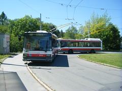 Brno trolleybuses Nos. 3009 and 3035 (johnzebedee) Tags: trolleybus transport publictransport vehicle skoda skoda21tr brno czechrepublic johnzebedee
