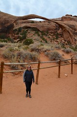 Sue At Landscape Arch (Joe Shlabotnik) Tags: justsue nationalpark utah sue 2017 arches arch archesnationalpark landscapearch november2017 moab afsdxvrzoomnikkor18105mmf3556ged