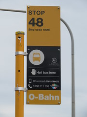 Bus Stop 48 Golden Grove Rd, Modbury Heights/Redwood Park (RS 1990) Tags: busstop 48 goldengroverd redwoodpark modburyheights wynnvale teatreegully new sign adelaide southaustralia thursday 22nd february 2018