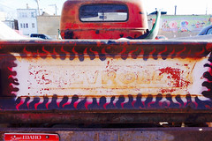 rocky road (KevinIrvineChi) Tags: chevrolet old rusty truck pickup back scenic idaho license plate la michoacana ice cream parking lot sunny orange tailgate outlined border rearview mirror windshield antique vintage sony dscrx100 chicago illinois cook county city urban exclusive exclusivo estacionamento albanypark chevy