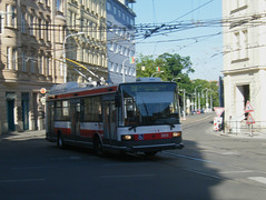 Brno trolleybus No. 3013 (johnzebedee) Tags: trolleybus transport publictransport vehicle brno czechrepublic johnzebedee skoda skoda21tr