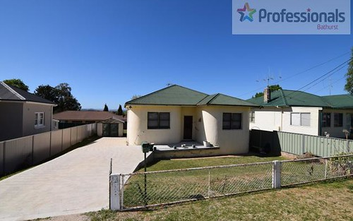 258 Peel Street, Bathurst NSW