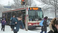 010 -1crpvibshshfwlcon (citatus) Tags: school kids south bayview bus ttc davisville avenue mount pleasant road toronto canada snow storm winter morning 2018 pentax k3 ii 28 8394 route