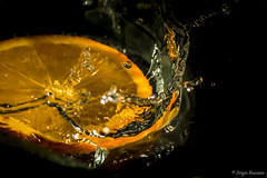 Unstoppable (serbosca) Tags: macromondays citrus orange splash drop water