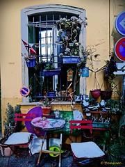 Craft and painting workshop (Domènec Ventosa) Tags: casa taller artesania artesano pintura house workshop crafts craftsman painting
