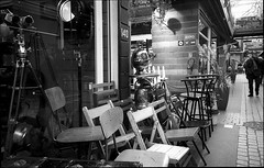 img252 (Jurgen Estanislao) Tags: voigtlaender bessa r4m colorskopar 28mm f35 eastman kodak doublex france street photography black white noir jurgene estanislao