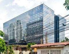 Atrium Mulia (Everyone Sinks Starco (using album)) Tags: jakarta building gedung architecture arsitektur office kantor