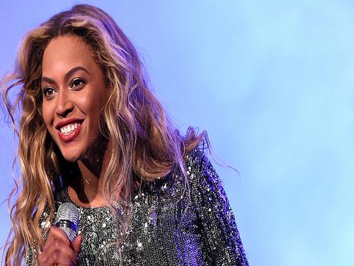 Beyoncé fan photo