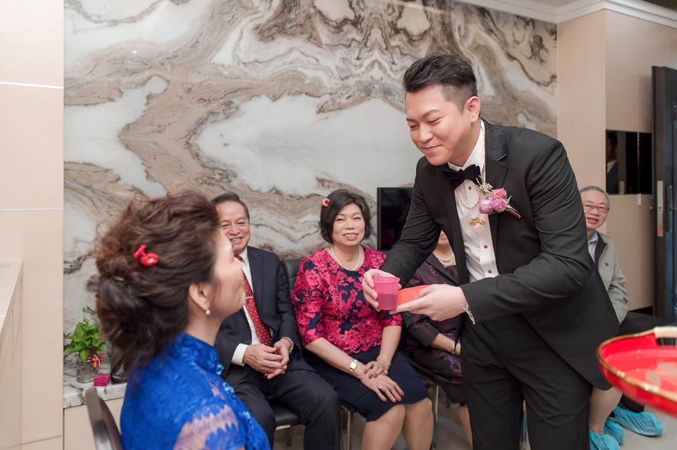 婚攝 高雄林皇宮 婚宴 時尚氣質新娘現身 S & R 033