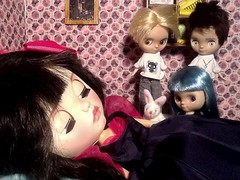 Blythe-a-Day#15. Disney&#16. It's So Fluffy!&#13. Music Makes The People Come Together: Snow White and The Petites