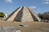 Climbing in single file (Chemose) Tags: mexico mexique yucatán mayapan pyramid maya hdr canon eos 7d mars march pyramide