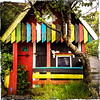 A little house/shed/hut in Tórshavn (ceeko) Tags: 2015 faroeislands hipstamatic tórshavn iphone4s streymoy colorful colourful building hut shed house