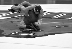 BRO-STA 165 2018-01-13 DSC_8345 bw (bix02138) Tags: brownuniversity brownbears stanforduniversity stanfordcardinal pizzitolasportscenter pizzitolasportscenterbrownuniversity providenceri january13 2018 wrestling sports intercollegiateathletics athletes jocks ©2018lewisbrianday 165pounds 165 jonviruet jaredhill