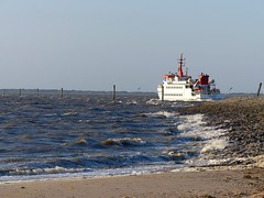 The North Sea ferry on the way to the island of Spiekeroog! (Christa_P) Tags: northsea nordsee waddensea wattenmeer eastfrisia eastfrisianislands ostfriesland germany neuharlingersiel sea meer water wasser strand beach ship boat schiff landscape 7dwf
