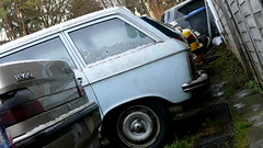 Peugeot 204 Break (vwcorrado89) Tags: peugeot 204 break kombi estate station wagon stationwagon rust rusty abandoned wrekc old car