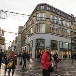 Walking in Lille thumbnail