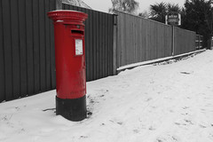 365/061 No Mail Today (Romeo Mike Charlie) Tags: pillarbox postbox royalmail post mail snow
