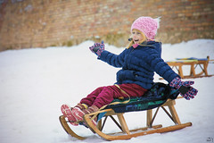 62/365 (misa_metz) Tags: nikon photo photography move outdoor colors little girl snow sled game sigma portrait