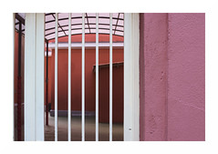 Pink mistery house (juan jose aparicio) Tags: pink rosa rojo wall abstract building door street urban callejero edificio