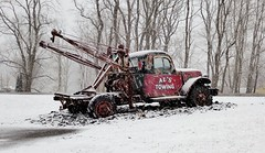 'al's towing' (Ed_PFF) Tags: old antique winter snow cold rusty nh newhampshire truck wrecker towtruck