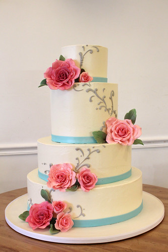 Buttercream and Pink Roses Wedding Cake