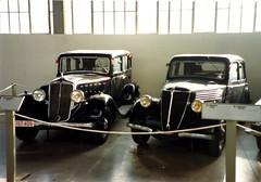 Minerva M4 (1934) & Renault Celtaquatre (1938) (andreboeni) Tags: classic car automobile cars automobiles voitures autos automobili classique voiture rétro retro auto oldtimer klassik classica classico autoworld minerva m4 renault celtaquatre
