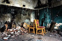 DSC00517-2 (Ruffyruffneck) Tags: abandoned lostplace lost place broken urbex exploring verlassen chair germany destroyed urban
