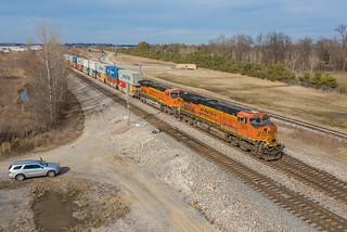 BNSF 7206 (ES44DC) Marion, Arkansas