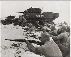 Huaihai Campaign (getaiwan) Tags: huaihaicampaign 軍人 淮海戰役 坦克車 雪