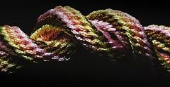 spun colors (Herr Nergal) Tags: hx400v sony dsc raynox150 macro makro close up saarland gehäkelt verwoben geknüpft woven fabric colors red gold pink stoff 7dwf