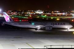 Qatar Airways   Airbus A350-900   A7-ALB   London Heathrow (Dennis HKG) Tags: aircraft airplane airport plane planespotting oneworld canon 7d 70200 london heathrow egll lhr qatar qatarairways qtr qr airbus a350 a350900 airbusa350 airbusa350900 a7alb