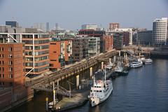 Hamburg Hafen, Speicherstadt (VreSko) Tags: hamburg hh deutschland hafen port elbe aussicht schiff schifffahrt wahrzeichen germany