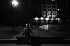 AMBAR ESPERA (Leo Crovetto) Tags: seleccionar ambar blancoynegro streetphotography blackandwhite greyscale grey contrast contraste oscuridad trans transexualidad lgbtiq lgbt queer fotografosargentinos fotografiaargentina fotografiacallejera documental documentary fotodocumental diversidad sexualidad derechos