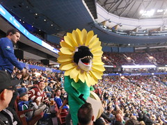 Disguised Whale (Warp Factor) Tags: fall2017 rogersplace nhl hockey vancouvercanucks mascot stadium fans nikon coolpixs6200 pointshoot fin orca whale killerwhale flower daisy