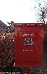 """""""you've got mail""""  ...  letter box  1906 - 1920 (Fred / Canon 70D) Tags: ptt post posterijen canon canon70d canoneos brievenbus efs1018mmf4556isstm royalmail bronkhorst thenetherlands letterbox mailbox postnl"""