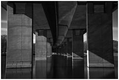 """Fig.-No. 121 aus """"Wunderschönes Iserlohn"""" (RadarO´Reilly) Tags: brücke bridge a46 iserlohn mk nrw germany bauwerk building sw schwarzweis bw blackwhite blanconegro monochrome noiretblanc zwartwit"""