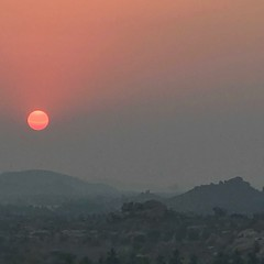 Hampi Sunset (Simon Caunt) Tags: dustysun dust sun historic history worldheritagesite unesco karnataka india sunset hampi