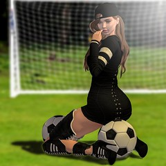Wanna play? (Aleriah.) Tags: blueberry reign truth hair serenity style soccer football game play outdoor sports
