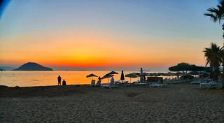 P1010545 SUNSET BEACH