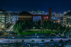koret quad (pbo31) Tags: sanfrancisco california nikon d810 color night dark black urban january winter 2018 boury pbo31 city missionbay lightstream motion traffic roadway street skyline over view ucsf medicalcenter construction blue green
