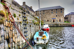 Portsoy 18 September 2017 83.jpg (JamesPDeans.co.uk) Tags: scotland building ladder chain landscape ships morayfirth gb greatbritain harbour northsea fishingindustry prints for sale fishingboats yacht sea transporttransportinfrastructure unitedkingdom boats digital downloads licence man who has everything aberdeenshire shore coast wwwjamespdeanscouk portsoy architecture britain landscapeforwalls europe uk james p deans photography