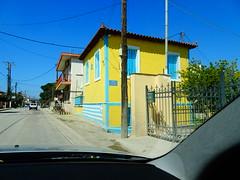 Σελιανιτικα Αιγιου DSC06990 (omirou56) Tags: 43ratio sonydscwx500 sky street car windows yellow blue colors hellas δρομοσ ουρανοσ σπιτι παραθυρα αυτοκινητο σπιτια ημερα day outdoor χρωματα