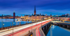 _MG_2914 - Stockholm skyline (AlexDROP) Tags: 2017 stockholm sweden underground travel longexposure motion movement lighttrail architecture city urban night circpl canon6d ef241054lis best iconic panoramic skyline famous mustsee picturesque postcard europe color bluehour lake