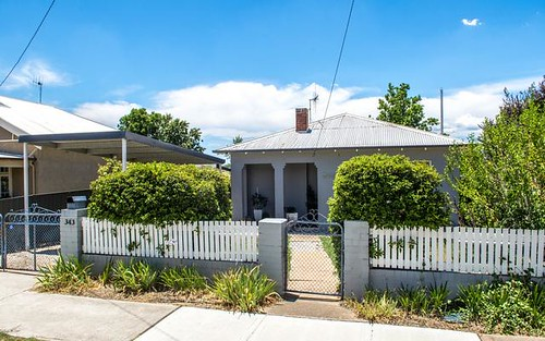 343 Howick St, Bathurst NSW 2795
