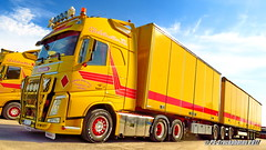 IMG_2384 PS-Truckphotos_2017 (PS-Truckphotos) Tags: karlsson jimmiekarlsson volvo volvofh globetrotterxl bdouble sweden sverige schweden pstruckphotos dhl pstruckphotos2017 truckfotos truckpics lkwfotos lastwagenfotos truckpictures truckspotting lastwagen lkw fotos bilder trucks truckshow swedenkaperz scandinavia lastbil pstruckfotos lkwfotografie lkwbilder truck truckphotos truckkphotography truckphotographer truckspotter lastwagenbilder