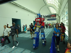 Optimus Prime (Sconderson Cosplay) Tags: comic con san diego sdcc 2016 optimus prime megatron transformers cosplay